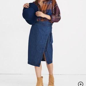 NWT Madewell Neville blue denim wrap midi skirt